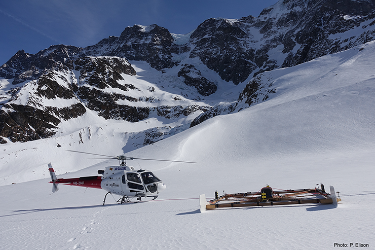 Stopover during the measurement campaign on the Kanderfirn in April 2019.